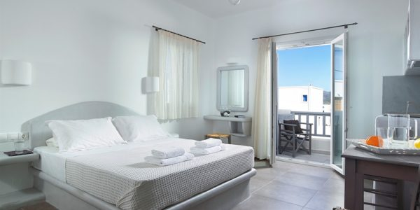 Garifalakis Comfort Rooms Milos_Room